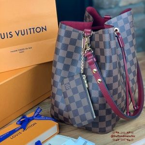 ❇️ 2020 Louis Vuitton Key Pouch in Damier Ebene